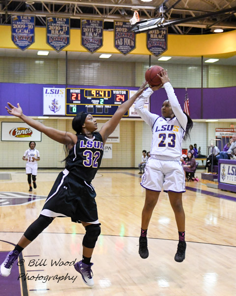 18th LSUS Women's Basketball vs LSUA Photo