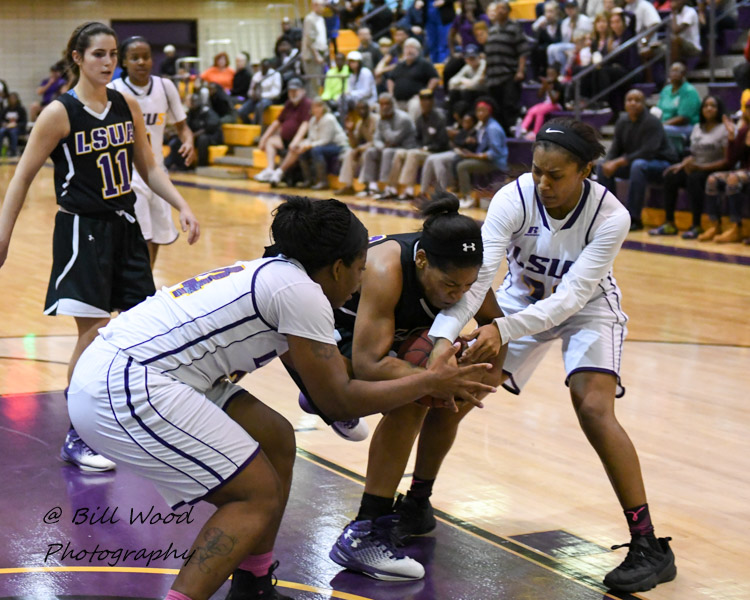 30th LSUS Women's Basketball vs LSUA Photo