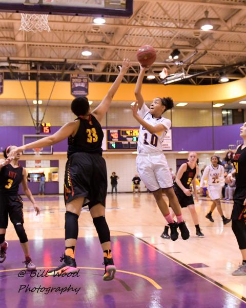 3rd LSUS Women's Basketball vs UST Photo