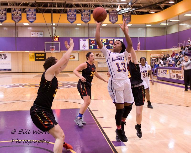 5th LSUS Women's Basketball vs UST Photo