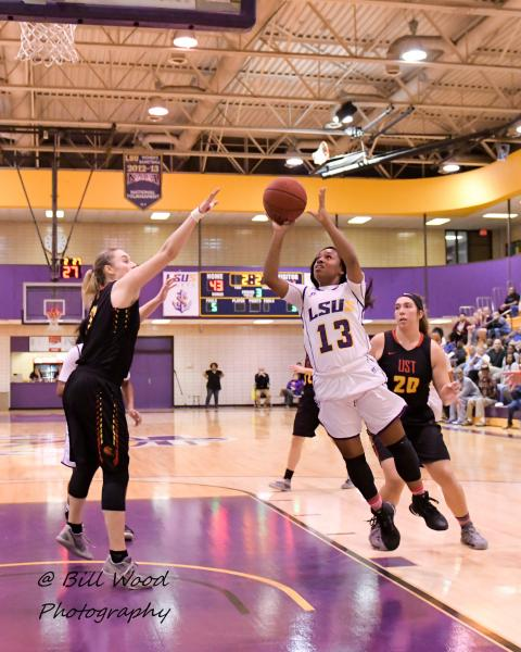 7th LSUS Women's Basketball vs UST Photo