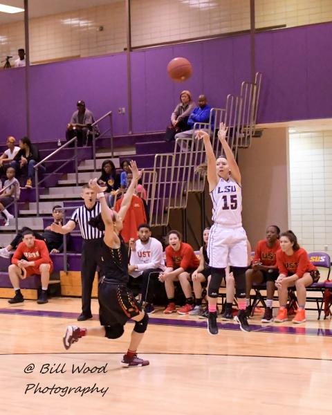 10th LSUS Women's Basketball vs UST Photo