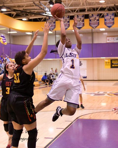 11th LSUS Women's Basketball vs UST Photo