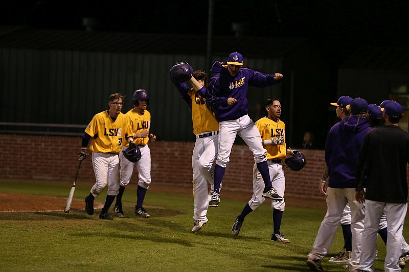 6th LSUS Pilots vs Baker Game 1 Photo