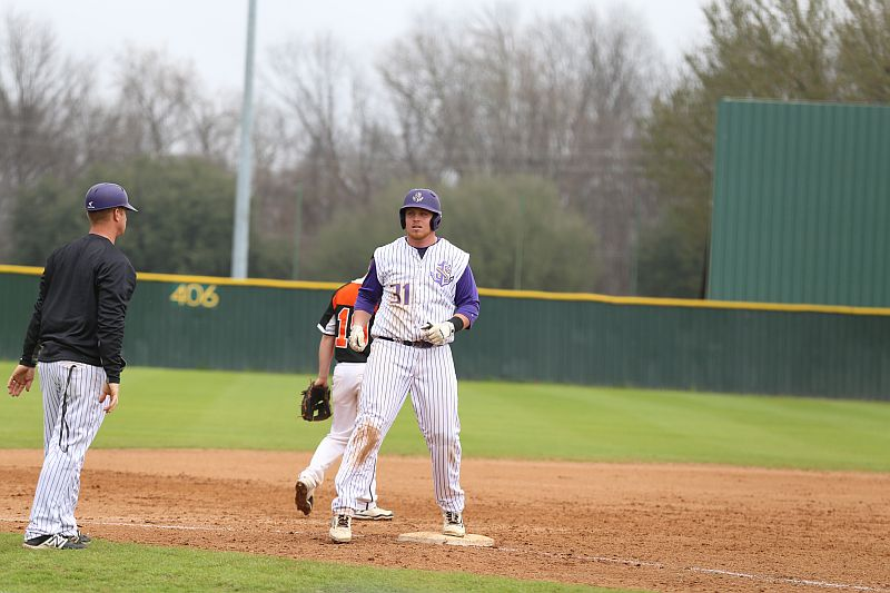 22nd LSUS Pilots vs Baker Game 2 & 3 Photo