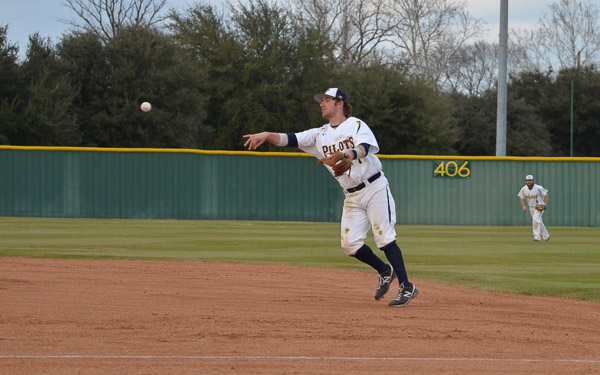 7th LSUS Pilots vs. Northwood U. - Day 1 Photo