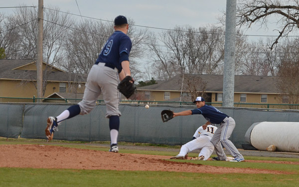 48th LSUS Pilots vs. Northwood U. - Day 1 Photo