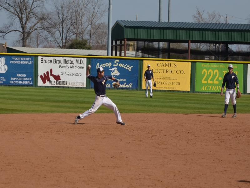3rd LSUS Pilots vs. Texas Wesleyan U Day Two Photo