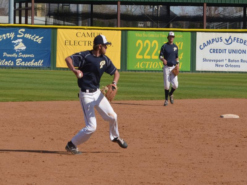 4th LSUS Pilots vs. Texas Wesleyan U Day Two Photo