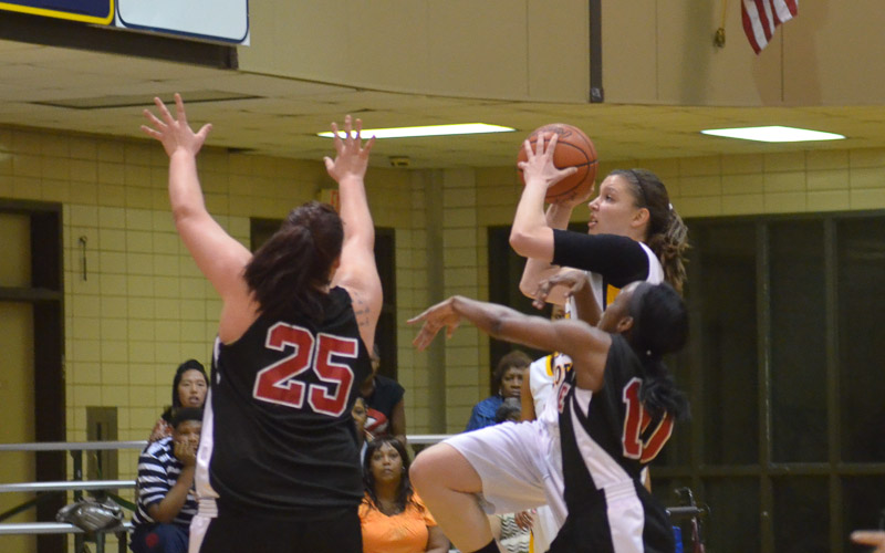 4th LSUS Lady Pilots vs. Bacone Photo