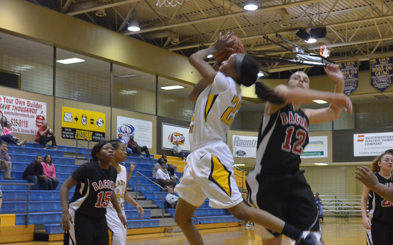 6th LSUS Lady Pilots vs. Bacone Photo