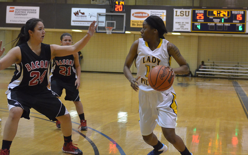 13th LSUS Lady Pilots vs. Bacone Photo