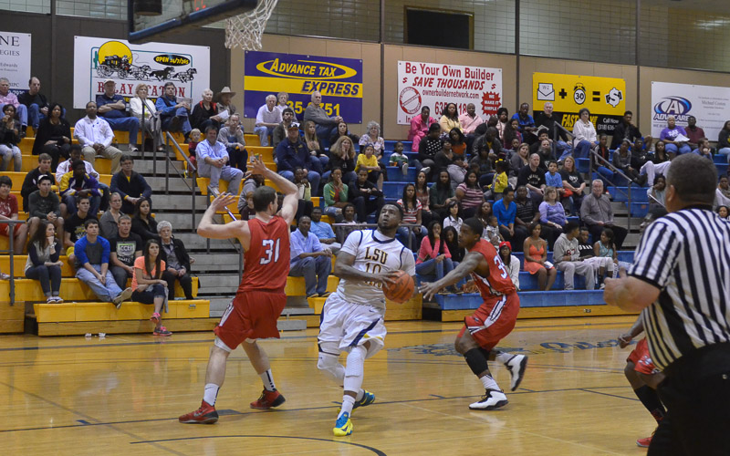 27th LSUS Pilots vs. Bacone Photo