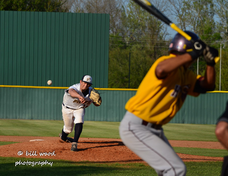 3rd LSUS Pilots vs Hutson Tillotson U. - Friday Photo