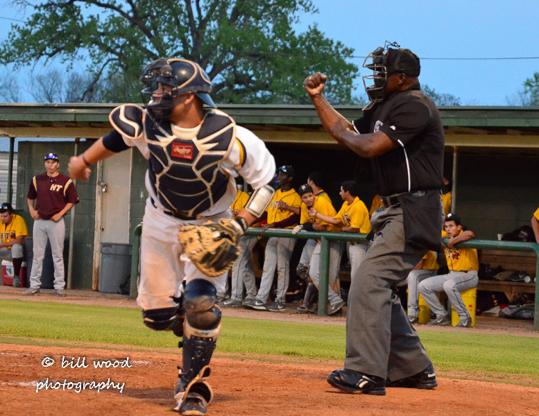 16th LSUS Pilots vs Hutson Tillotson U. - Friday Photo