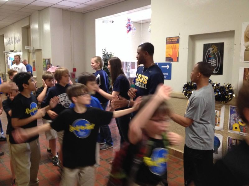 2nd LSUS ATHLETES VISITS FAIRFIELD ELEMENTARY Photo