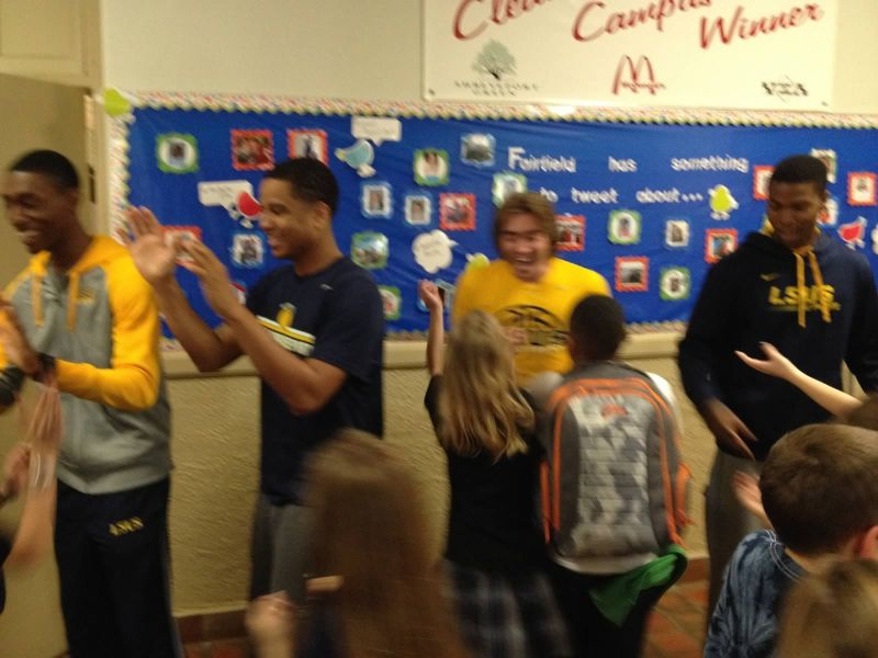 18th LSUS ATHLETES VISITS FAIRFIELD ELEMENTARY Photo