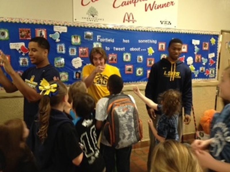 19th LSUS ATHLETES VISITS FAIRFIELD ELEMENTARY Photo