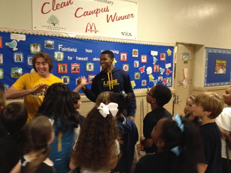 22nd LSUS ATHLETES VISITS FAIRFIELD ELEMENTARY Photo
