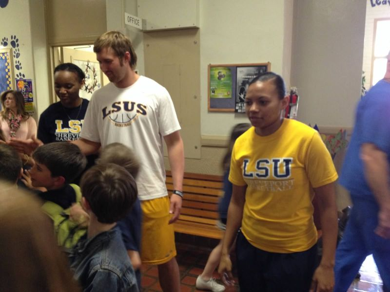 30th LSUS ATHLETES VISITS FAIRFIELD ELEMENTARY Photo