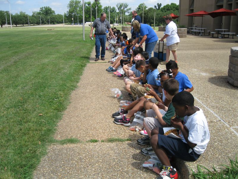 40th Meadowview Students Visit The Dock Photo