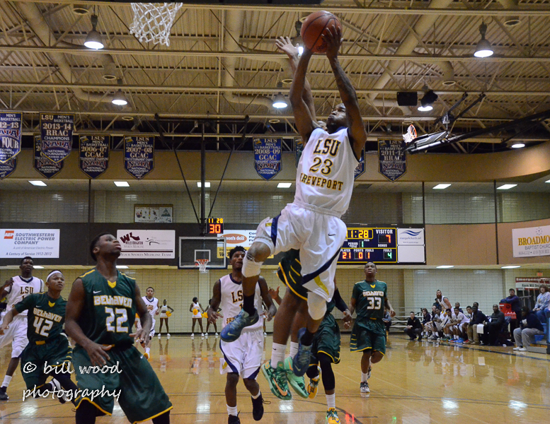 17th LSUS Pilots vs Belhaven Photo