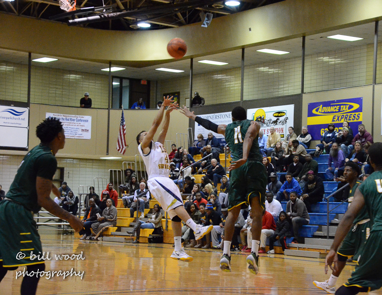 26th LSUS Pilots vs Belhaven Photo