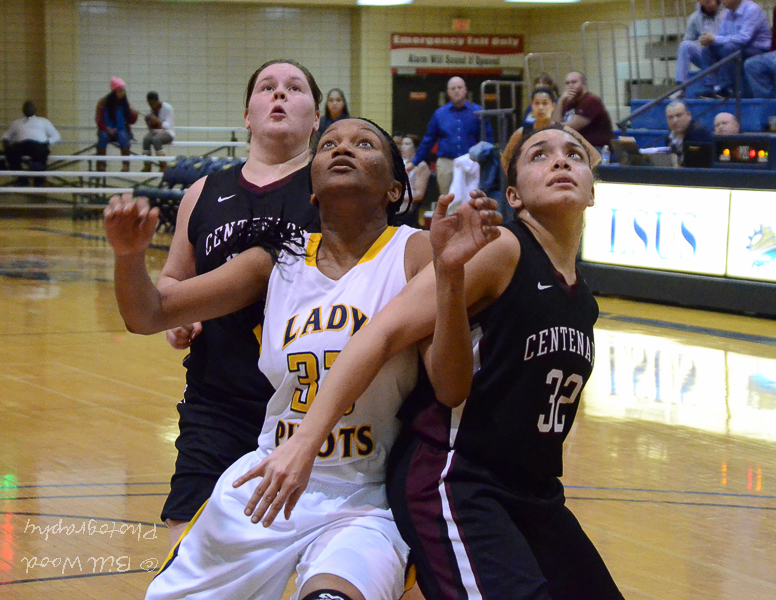 6th LSUS Lady Pilots vs. Centenary College Photo