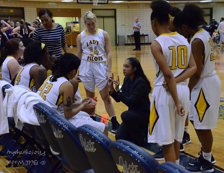 12th LSUS Lady Pilots vs. Centenary College Photo