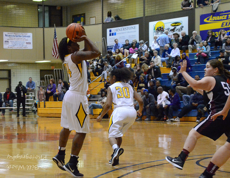23rd LSUS Lady Pilots vs. Centenary College Photo