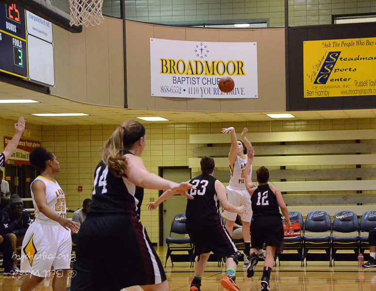 33rd LSUS Lady Pilots vs. Centenary College Photo