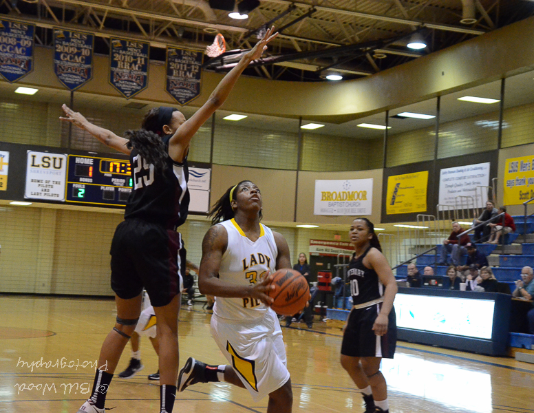 34th LSUS Lady Pilots vs. Centenary College Photo