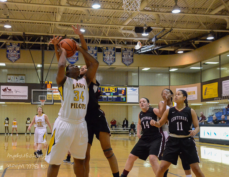 35th LSUS Lady Pilots vs. Centenary College Photo