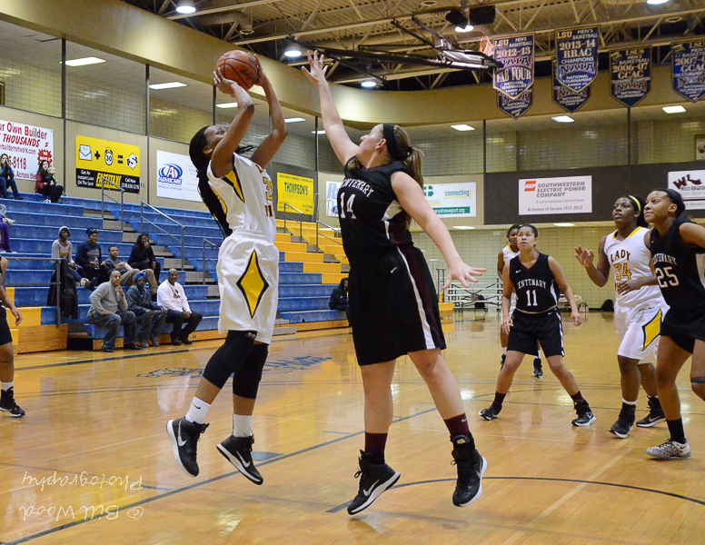 36th LSUS Lady Pilots vs. Centenary College Photo