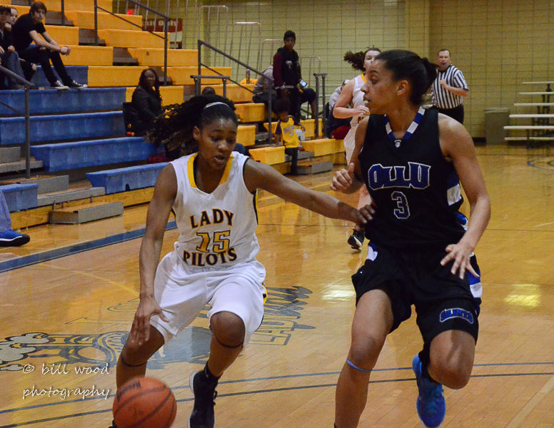 36th LSUS Lady Pilots vs Our Lady of the Lake U. Photo