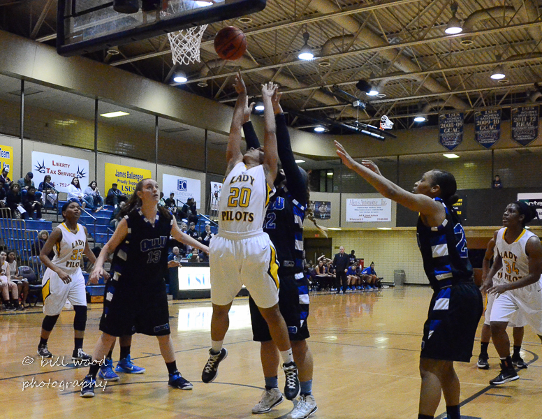 42nd LSUS Lady Pilots vs Our Lady of the Lake U. Photo