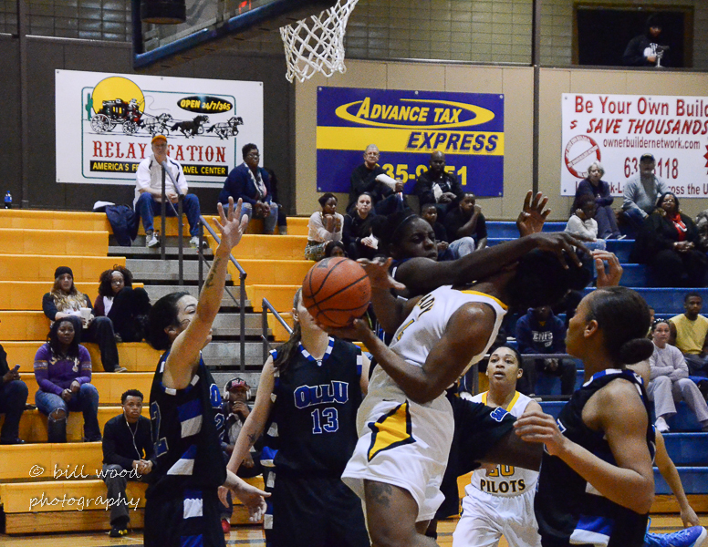 69th LSUS Lady Pilots vs Our Lady of the Lake U. Photo