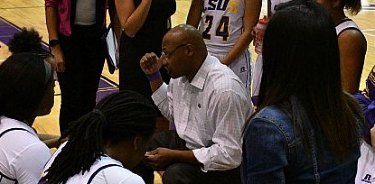 Photo for Loyd steps down as Head Women's Basketball Coach, hired to same position at CSU-Pueblo