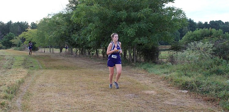 Photo for TOP 12 FINISH FOR PILOTS AT ETBU INVITATIONAL
